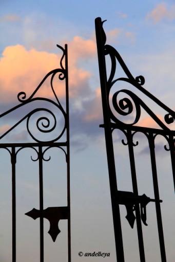 Gate to Heaven_1